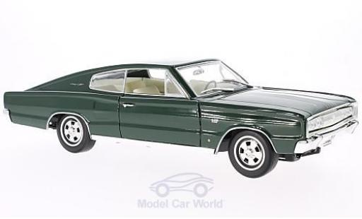 Dodge Charger 1966 1/18 Lucky Die Cast green diecast model cars