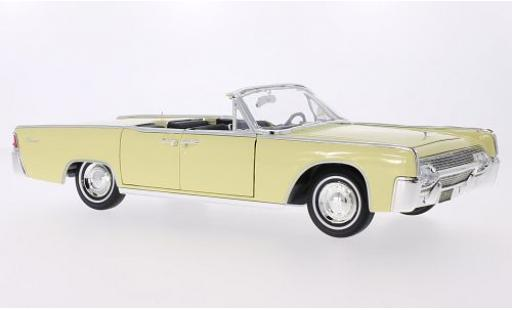 Lincoln Continental 1/18 Lucky Die Cast 4-Door Convertible jaune 1961 Sofftop liegt bei miniature
