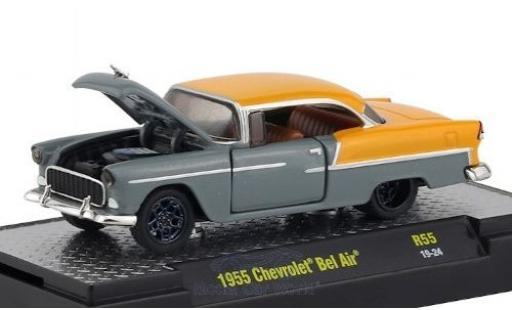 Chevrolet Bel Air 1/64 M2 Machines metallise grise/matt-jaune 1955 miniature