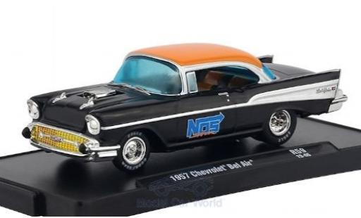 Chevrolet Bel Air 1/64 M2 Machines noire/orange Nos 1968 miniature