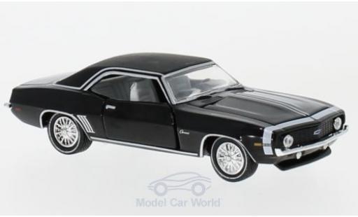 Chevrolet Camaro 1/64 M2 Machines 250 noire 1969 miniature