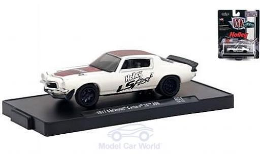 Chevrolet Camaro SS 1/64 M2 Machines 396 blanche/rouge Holley LS Fest 1971 miniature
