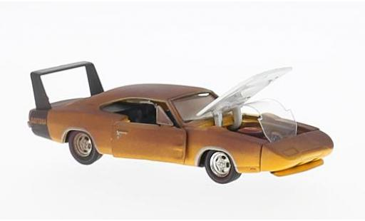 Dodge Charger 1/64 M2 Machines Daytona 440 1969 verrostet voiture Projects Release 40 miniature