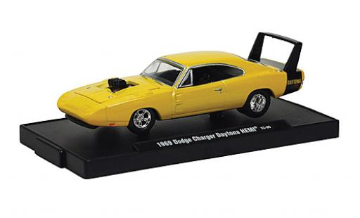 Dodge Charger 1/64 M2 Machines Daytona HEMI jaune 1969 voiture Drivers miniature