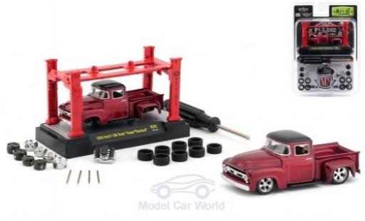 Ford F-1 1/64 M2 Machines 00 Truck metallic-rouge/noire Foose Overlord 1956 Model-Kit Bausatz inklusive 4 Ersatzrädern miniature