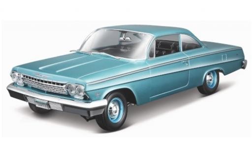 Chevrolet Bel Air 1/18 Maisto Coupe metallise turquoise 1962 miniature