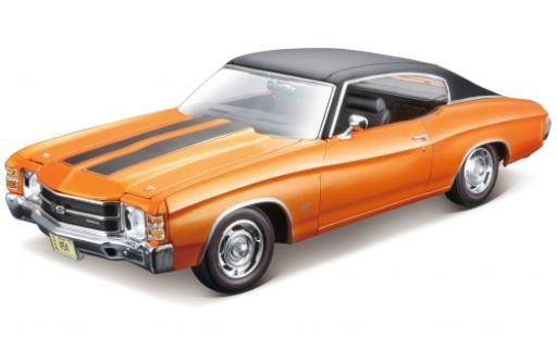 Chevrolet Chevelle 1/18 Maisto SS454 metallic orange/black 1971 diecast