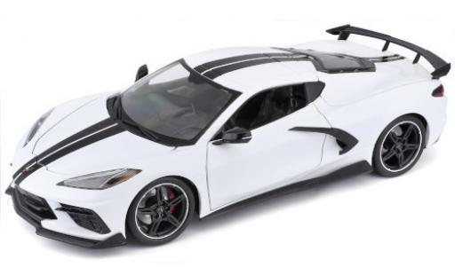 Chevrolet Corvette 1/18 Maisto Stingray (C8) white/black 2020 diecast model cars