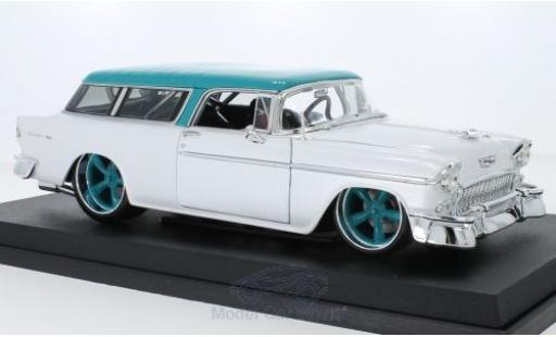 Chevrolet Nomad 1/18 Maisto metallise blanche/turquoise 1955 miniature