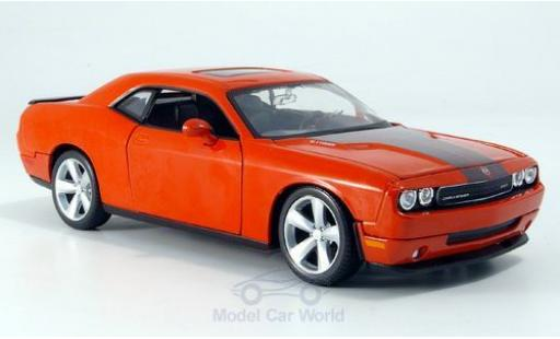 Dodge Challenger 1/24 Maisto SRT8 orange 2008 miniature