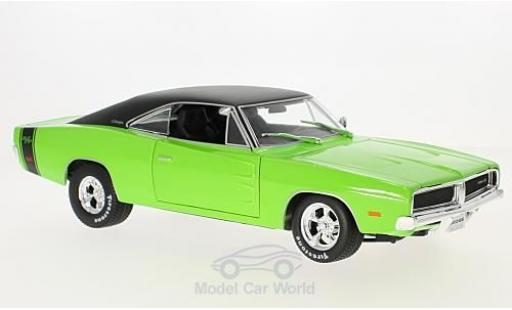 Dodge Charger 1969 1/18 Maisto R/T green/black diecast model cars