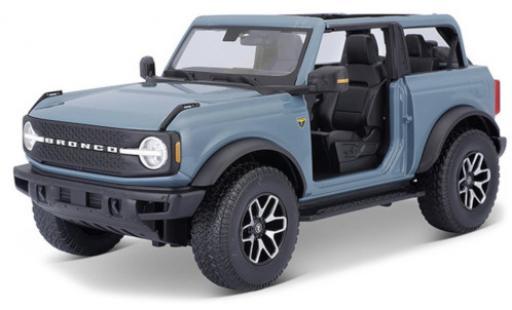 Ford Bronco 1/18 Maisto Badlands blue 2021 diecast model cars