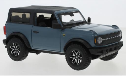 Ford Bronco 1/24 Maisto Badlands blue/matt-black 2021 diecast model cars