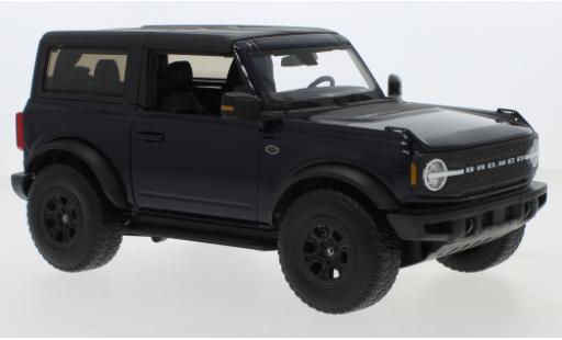Ford Bronco 1/18 Maisto Wildtrak metallise blue/matt-black 2021 diecast model cars