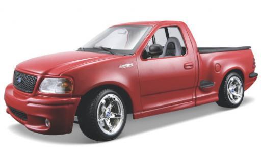 Ford F-1 1/18 Maisto 50 SVT Lightning red l'éce 1:21 diecast model cars
