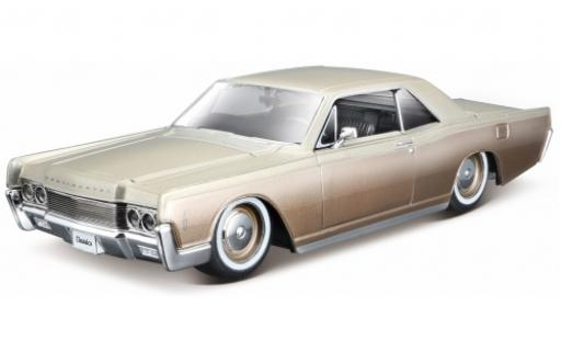 Lincoln Continental 1/24 Maisto metallise beige 1966 1:27 miniature