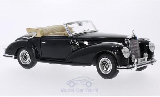 Mercedes 300 S 1/18 Maisto S noire 1955 miniature