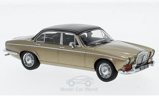 Daimler Double Six 1/43 Matrix Vanden Plas Series 1 metallise marron/noire RHD miniature