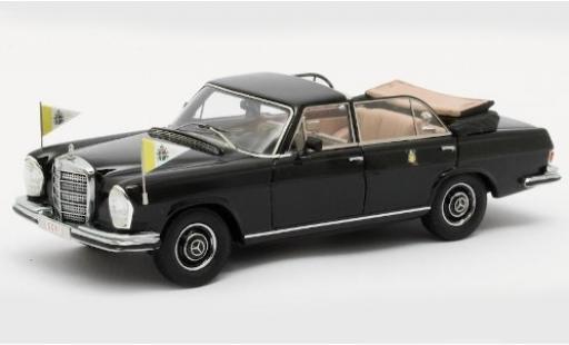 Mercedes 300 1/43 Matrix SEL Landaulette noire Vatikan 1951 mit Standarten miniature
