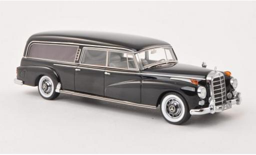 Mercedes 300 1/43 Matrix C (W186) Binz Hearse noire 1956 miniature