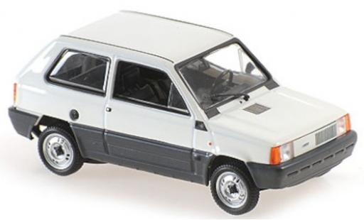 Fiat Panda 1/43 Maxichamps blanche 1980 miniature