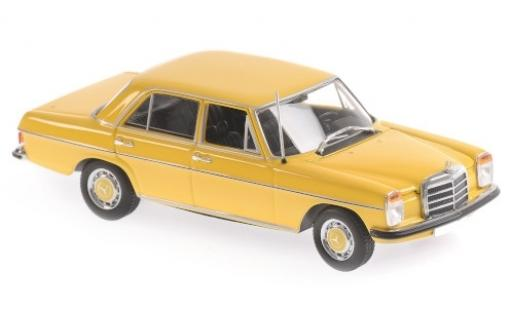 Mercedes 200 1/43 Maxichamps jaune 1968 miniature