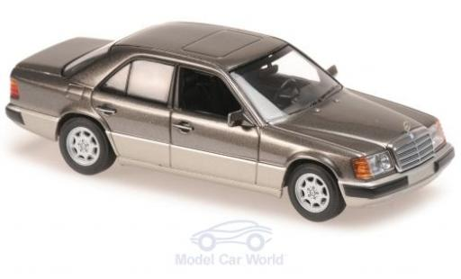 Mercedes 230 1/43 Maxichamps E (W124) métallisé grise 1991 miniature
