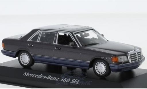 Mercedes 560 1/43 Maxichamps SEL (V126) metallise violette 1990 miniature