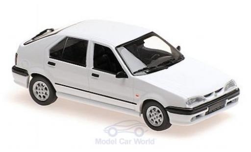 Renault 19 1/43 Maxichamps blanche 95 miniature