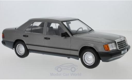 Mercedes 300 1/18 MCG D (W124) metalico gris 1984 miniatura