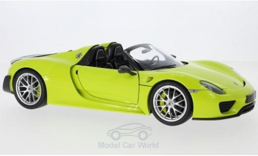 Porsche 918 1/18 Minichamps Spyder hellgrün/carbon 2015 Weissach Package miniature
