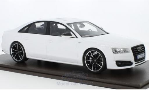 Audi S8 1/18 Motorhelix Plus white 2017 diecast model cars