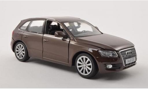 Audi Q5 1/24 Motormax metallise marron miniature