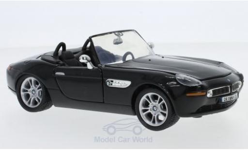 Bmw Z8 1/24 Motormax noire miniature