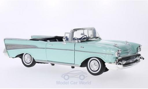 Chevrolet Bel Air 1957 1/18 Motormax Convertible hellgrün 1957 miniature