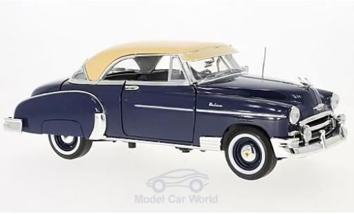 Chevrolet Bel Air 1/18 Motormax dunkelbleue/dunkelbeige 1950 miniature