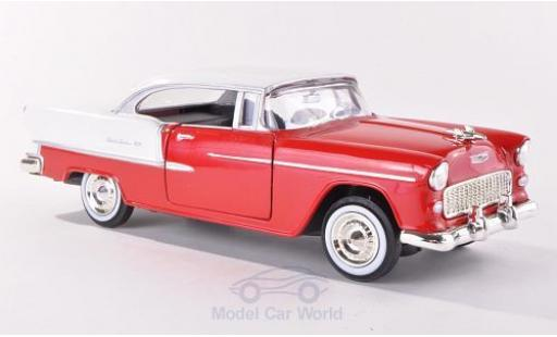 Chevrolet Bel Air 1/24 Motormax red/white 1955 ohne Vitrine diecast