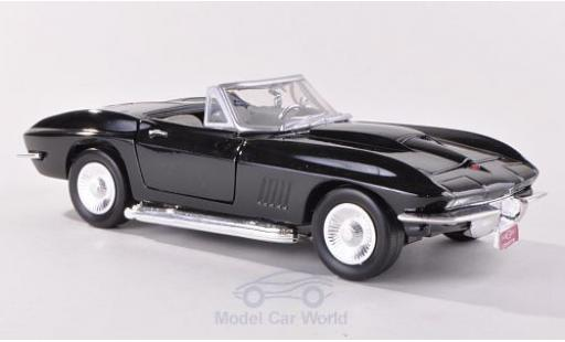 Chevrolet Corvette 1/24 Motormax Stingray Convertible (C2) noire 1967 miniature