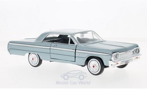 Chevrolet Impala 1/24 Motormax metallise bleue 1964 ohne Vitrine miniature