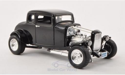 Ford Hot Rod 1/18 Motormax black 1932 diecast
