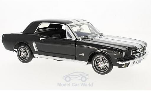 Ford Mustang 1/18 Motormax Hardtop noire/blanche 1964 miniature