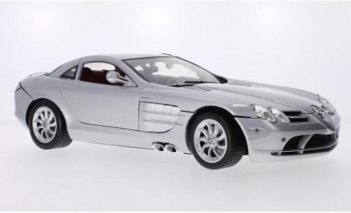 Mercedes CLA 1/12 Motormax McLaren SLR grise miniature