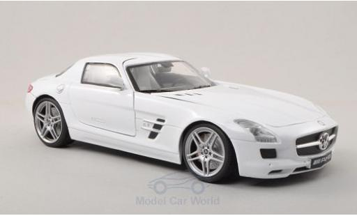 Mercedes SLS 1/18 Motormax AMG (C197) white diecast model cars