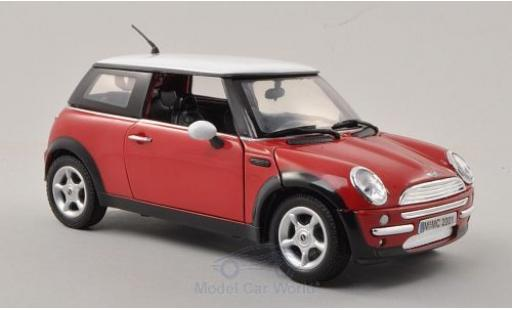 Mini Cooper S 1/18 Motormax rouge/blanche 2001 miniature