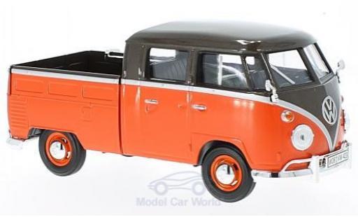 Volkswagen T1 B 1/24 Motormax metallise marron/rouge Pick Up mit Surfboard miniature