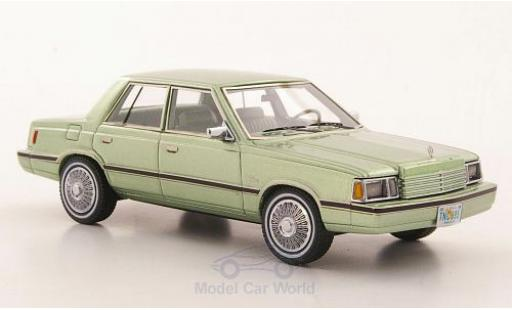 Dodge Aries 1/43 Neo (K-Car) metallise verte 1983 miniature