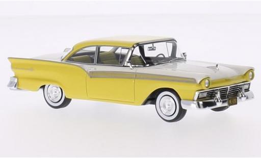 Ford Fairlane 1/43 Neo 500 Hardtop Coupe jaune/blanche 1957 miniature