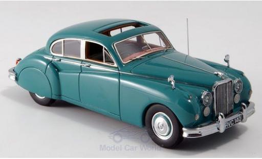Jaguar MK 9 1/43 Neo VII verte RHD 155 miniature