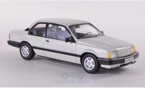 Opel Ascona C 1/43 Neo GT blanche 1986 2-Türer miniature