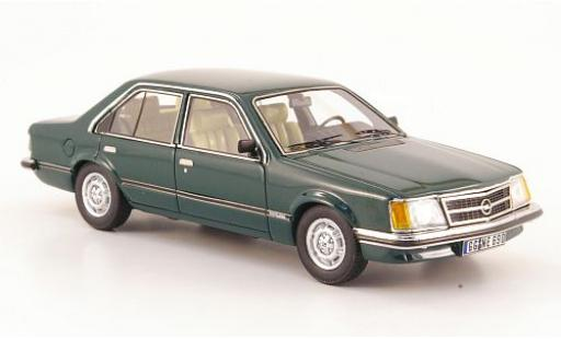 Opel Commodore 1/43 Neo C 2.5 S green 1978 4-portes diecast model cars